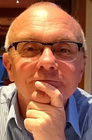 Dr David Thompson