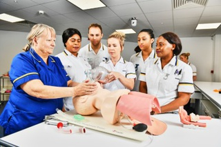 BNurs (Hons) Adult Nursing