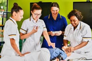 BNurs (Hons) Children's Nursing