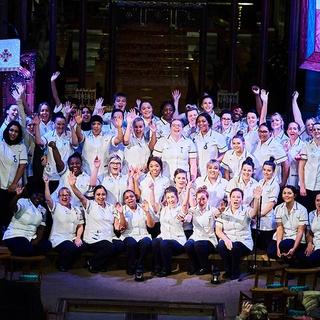 nurses-waving